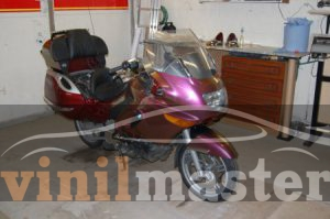 Оклейка мотоцикла защитной пленкой Хамелеон 8