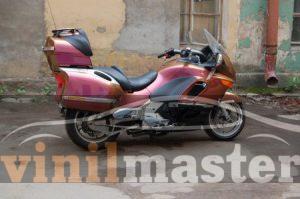 Оклейка мотоцикла защитной пленкой Хамелеон 2