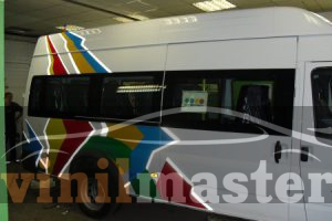 Брендирование автомобилей для компании АН-Секьюрити автобус правая боковина