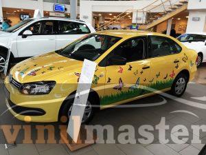 Volkswagen Polo SEDAN правая боковина