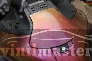 Оклейка мотоцикла защитной пленкой Хамелеон 7