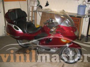 Оклейка мотоцикла защитной пленкой Хамелеон 9