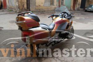 Оклейка мотоцикла защитной пленкой Хамелеон 4