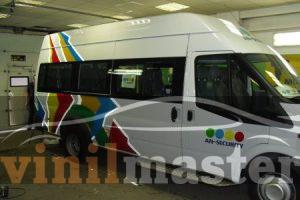 Брендирование автомобилей для компании АН-Секьюрити автобус вид сбоку